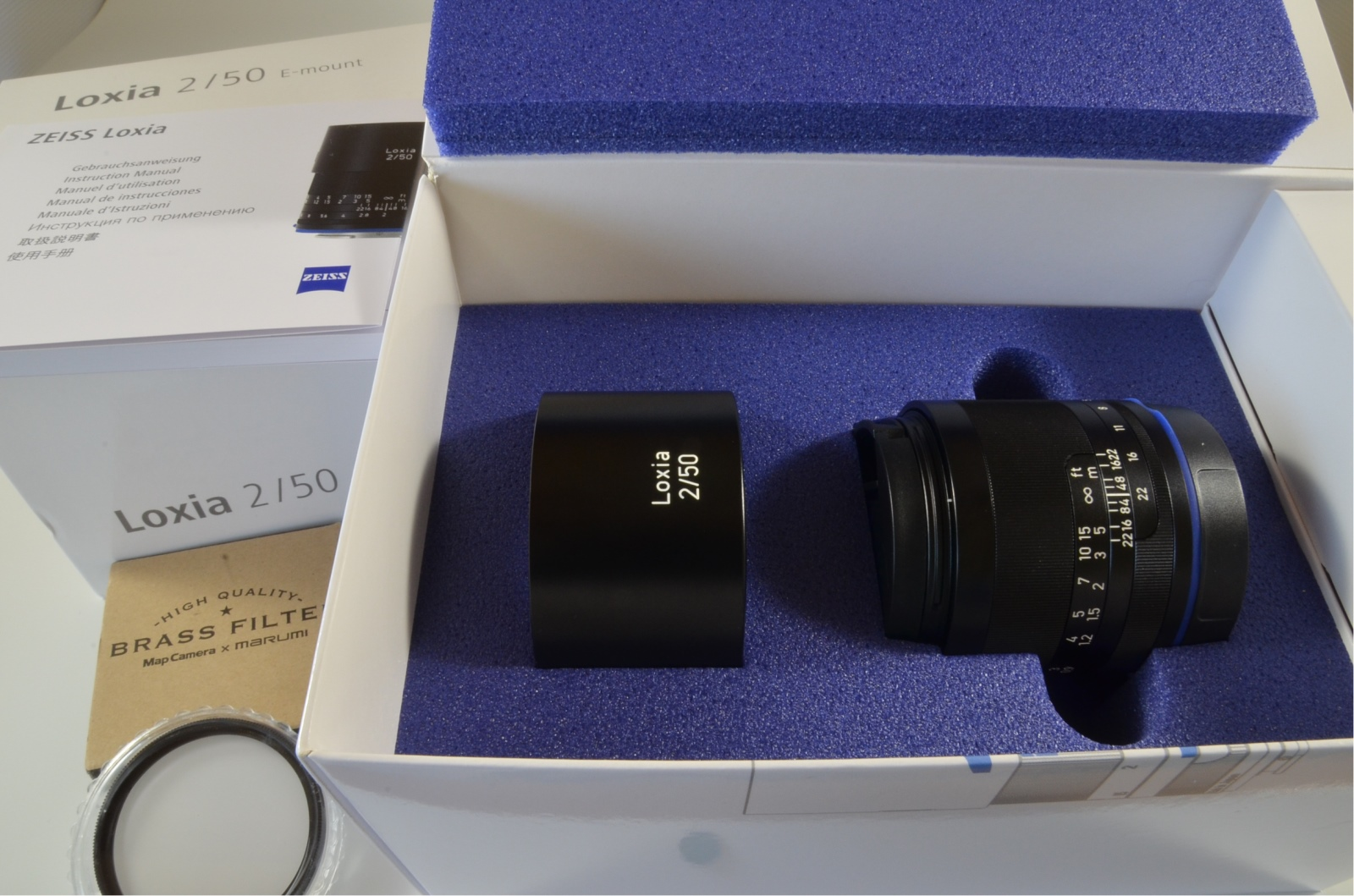 carl zeiss loxia 50mm f/2 planar t* lens sony e mount