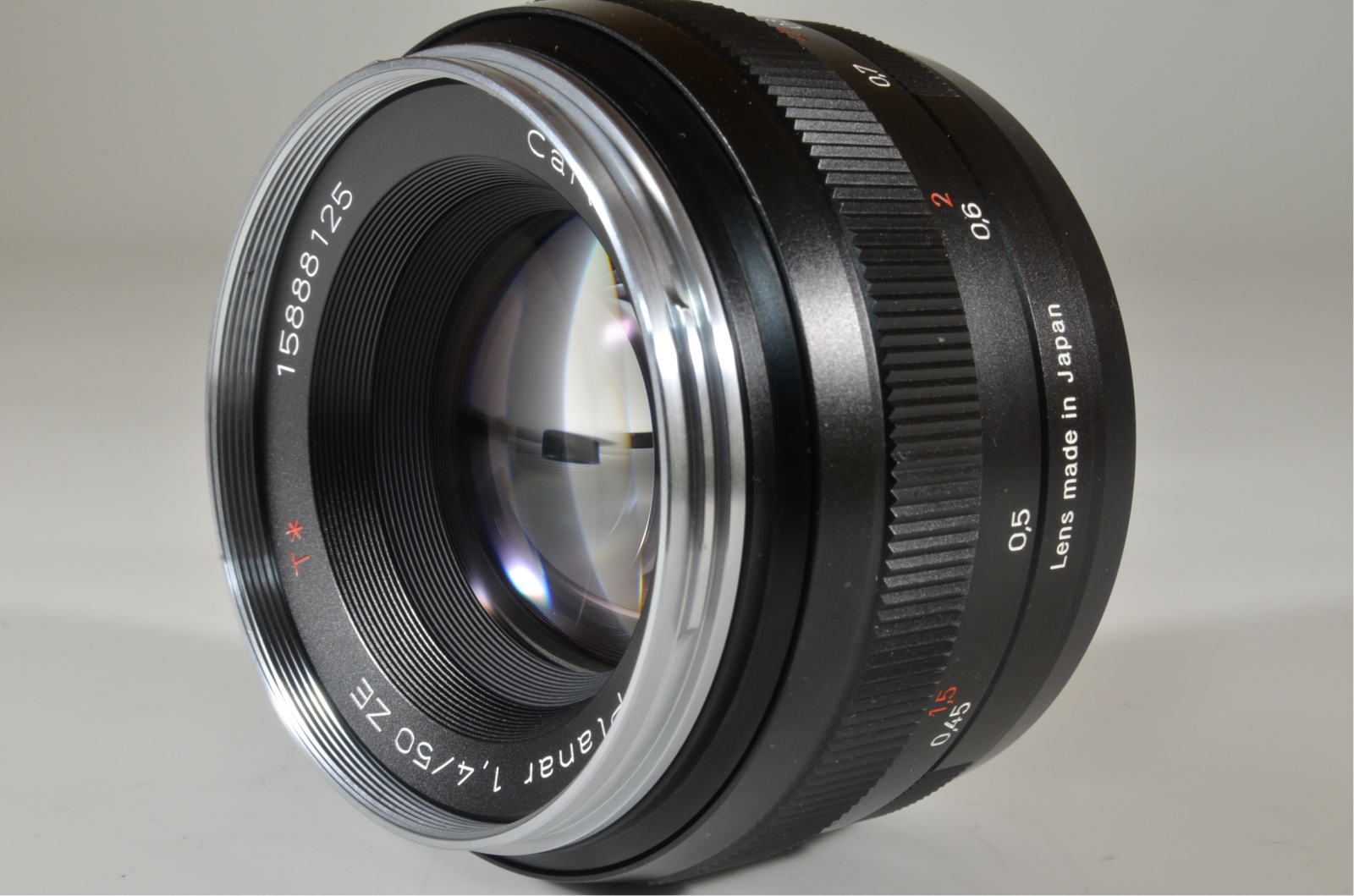carl zeiss planar t* 50mm f/1.4 ze for canon