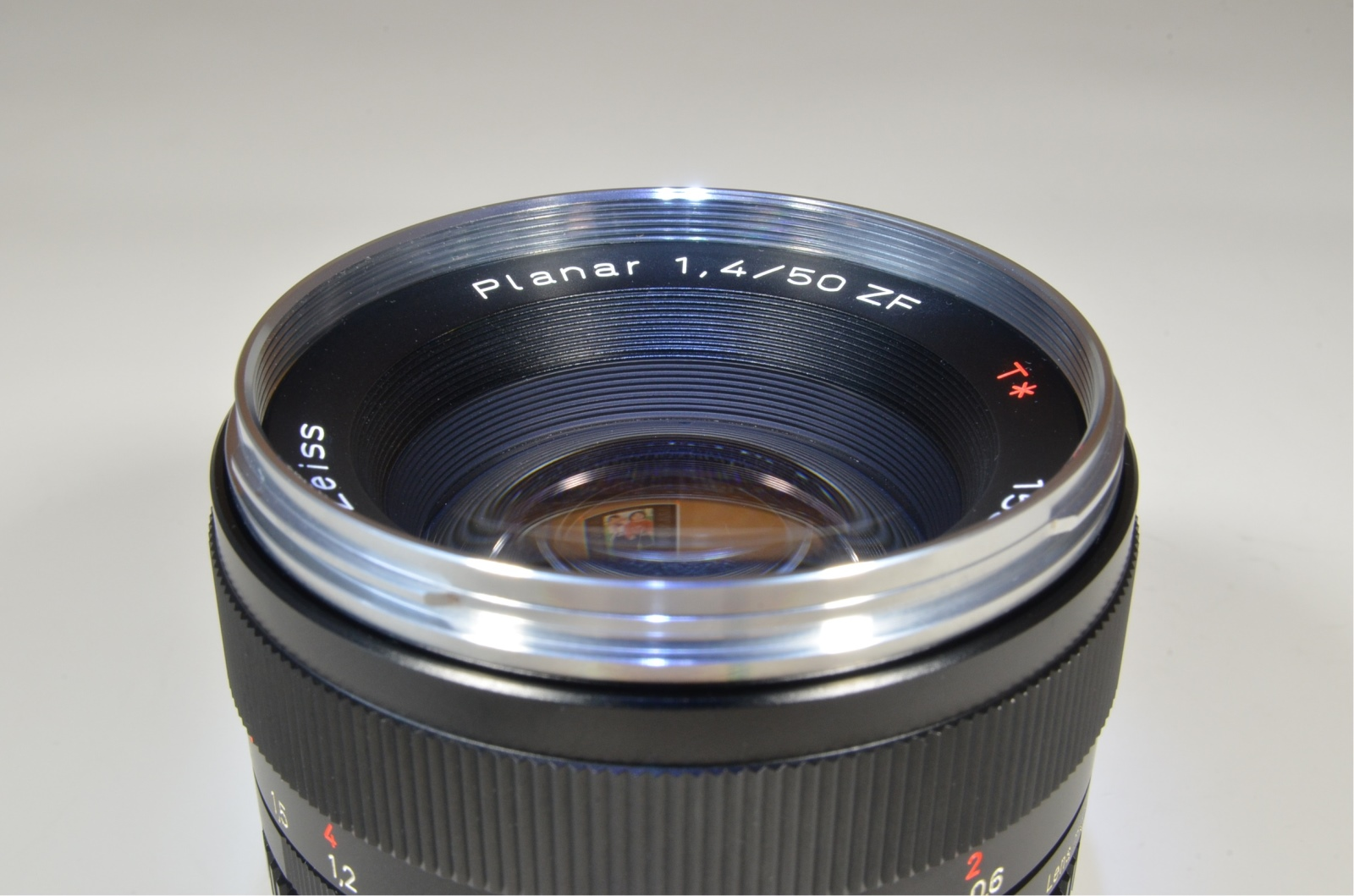 carl zeiss planar t* 50mm f1.4 zf for nikon ai-s ais