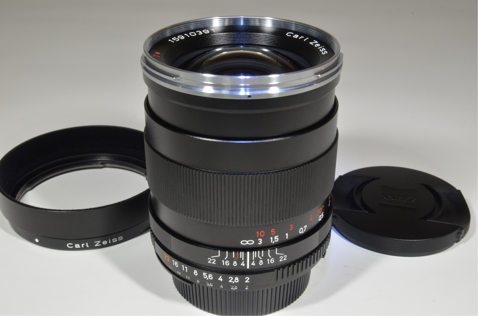 carl zeiss distagon t* 35mm f2 zf.2 for nikon