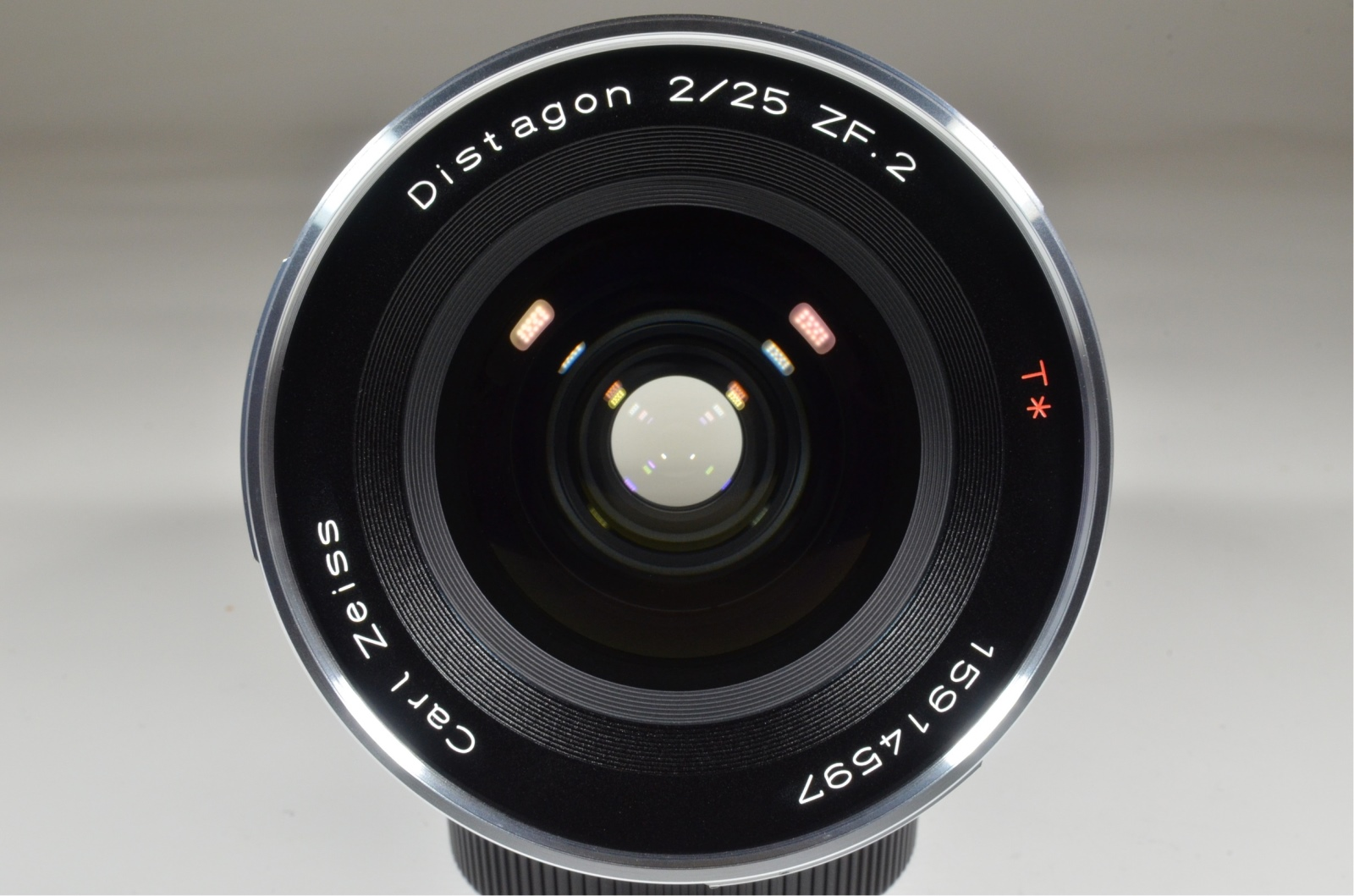 carl zeiss distagon t* 25mm f2 zf.2 for nikon 'brand new' unused!