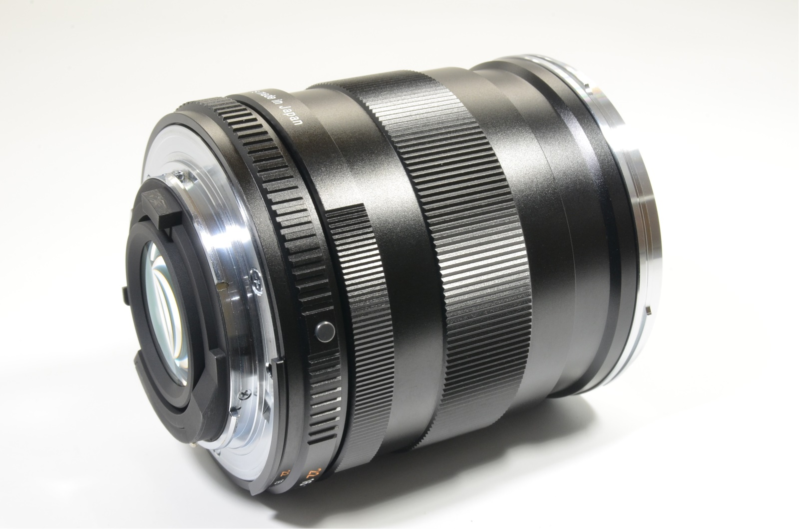 carl zeiss distagon t* 28mm f2 zf.2 lens for nikon f mount from japan