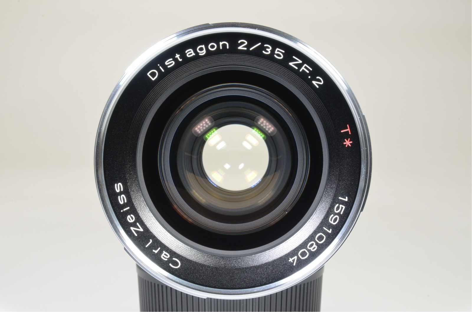 carl zeiss distagon t* 35mm f2 zf.2 lens for nikon f mount never used top mint