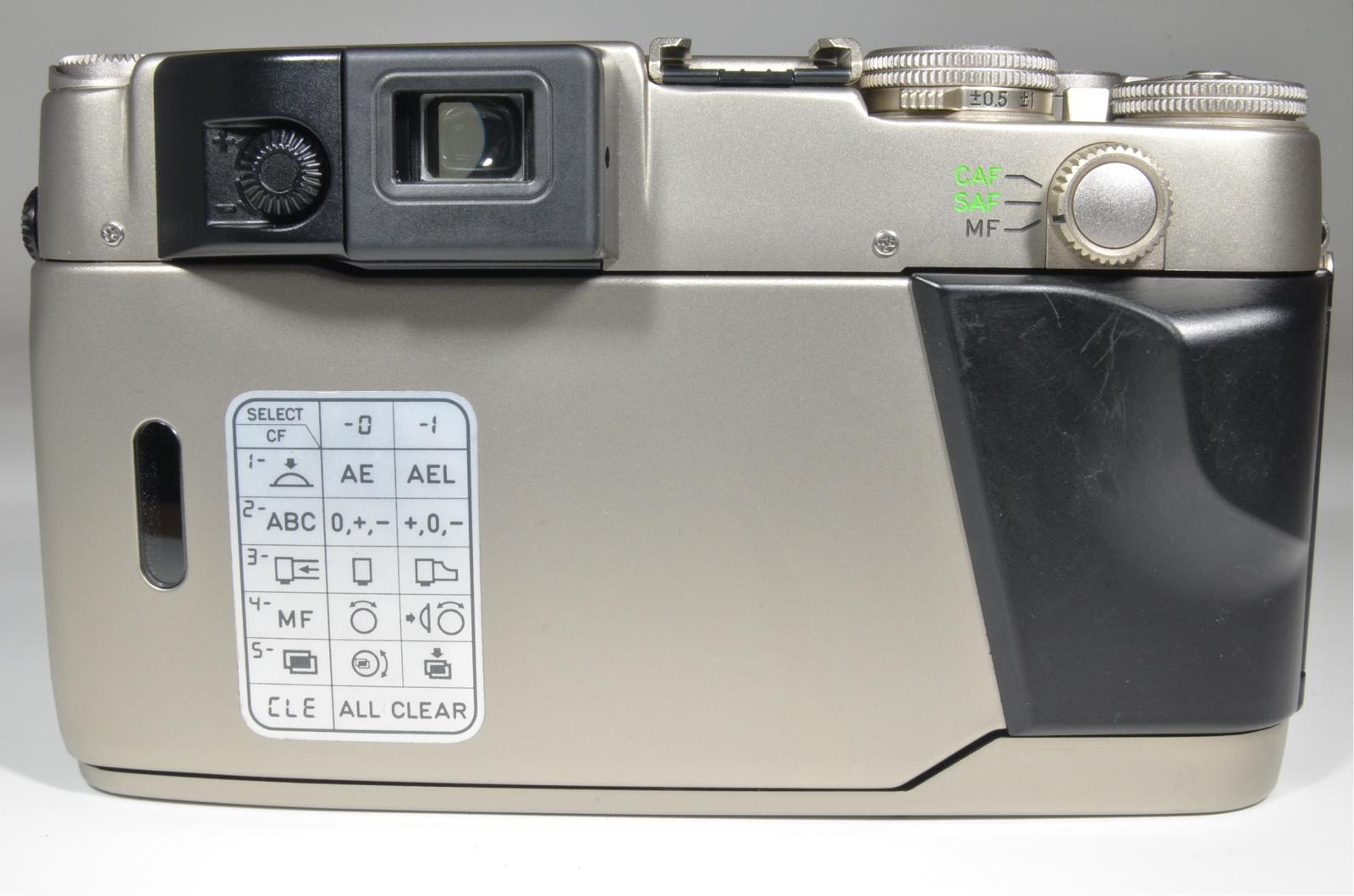 contax g2 35mm rangefinder film camera