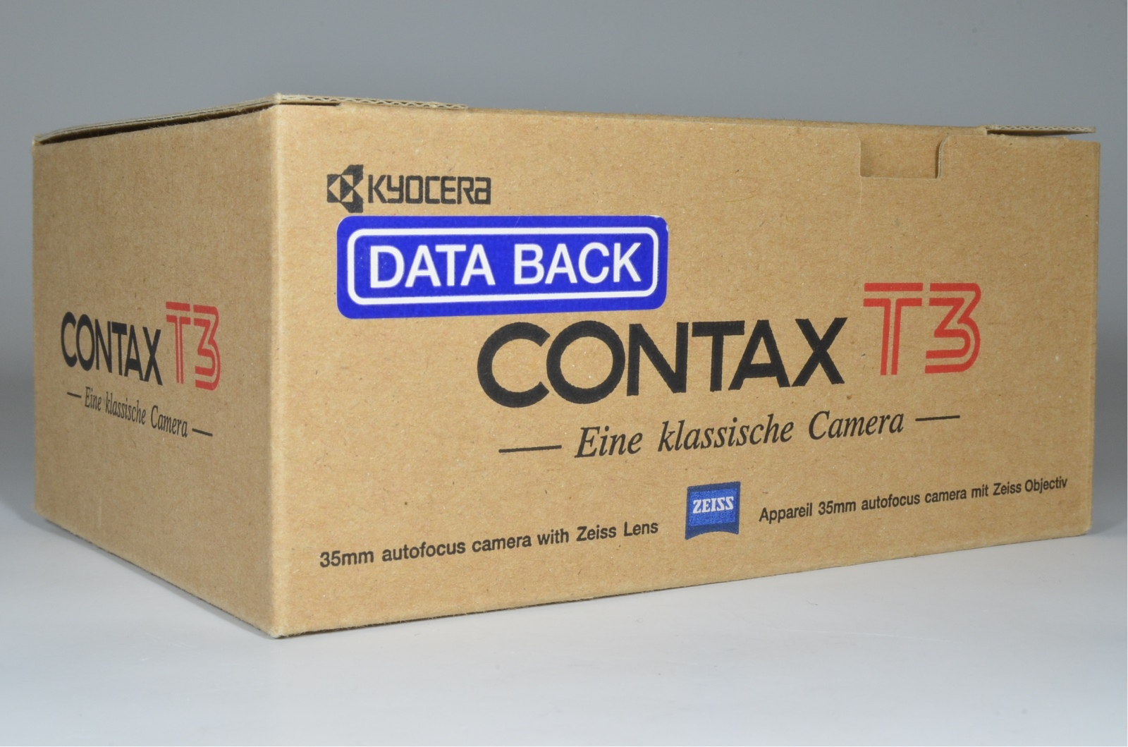 contax t3 data back black in boxed point & shoot 35mm film camera