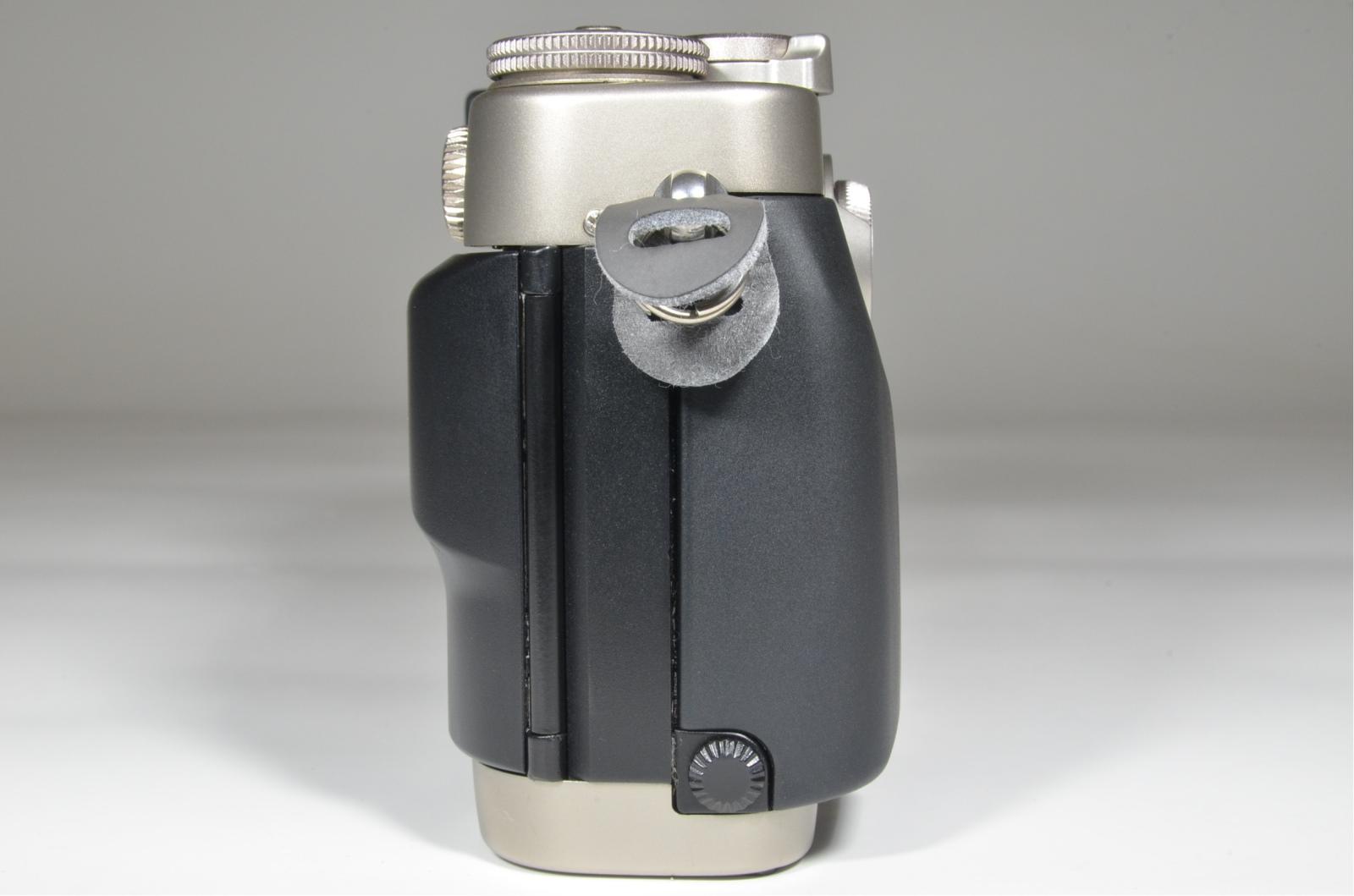 contax g2 35mm film camera, planar 45mm f2, tla200