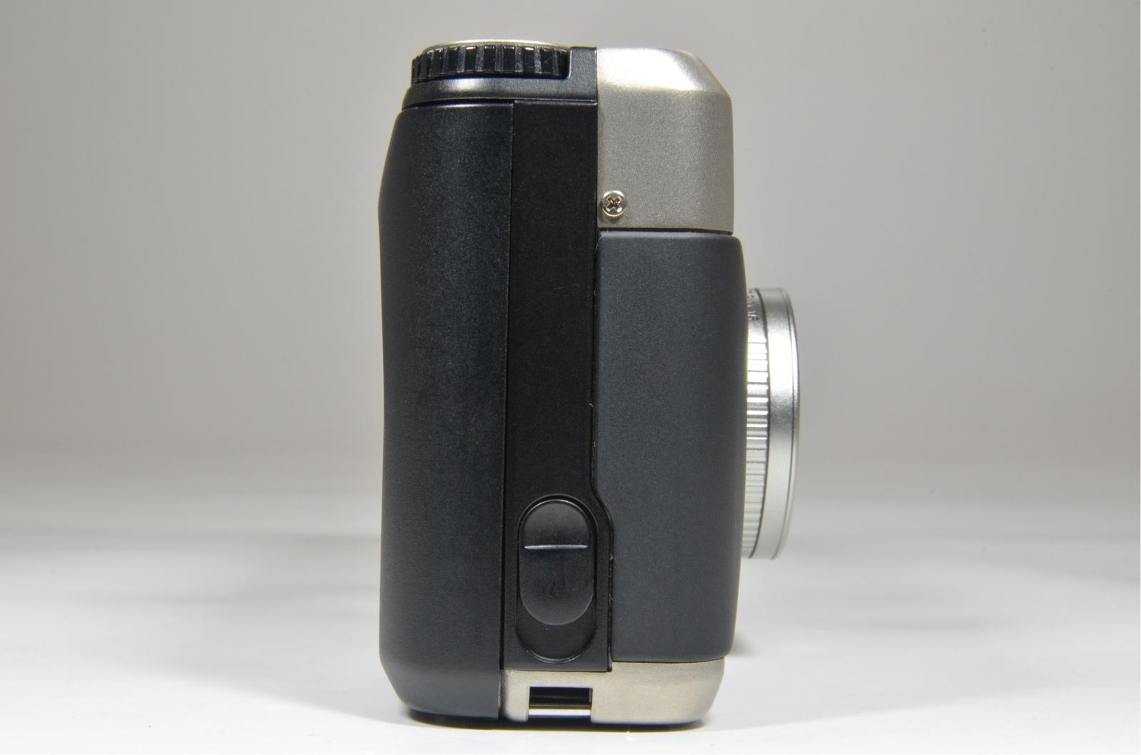 contax t2 titanium silver p&s 35mm film camera in boxed