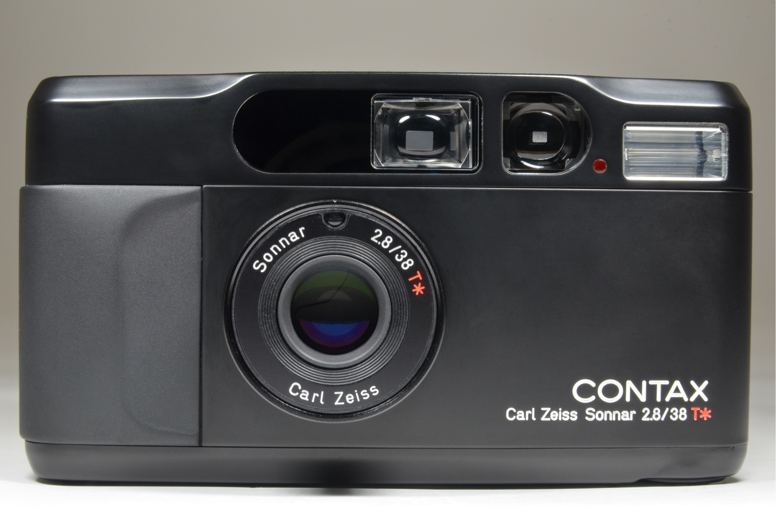contax t2 black limited p&s 35mm film camera with full leather case