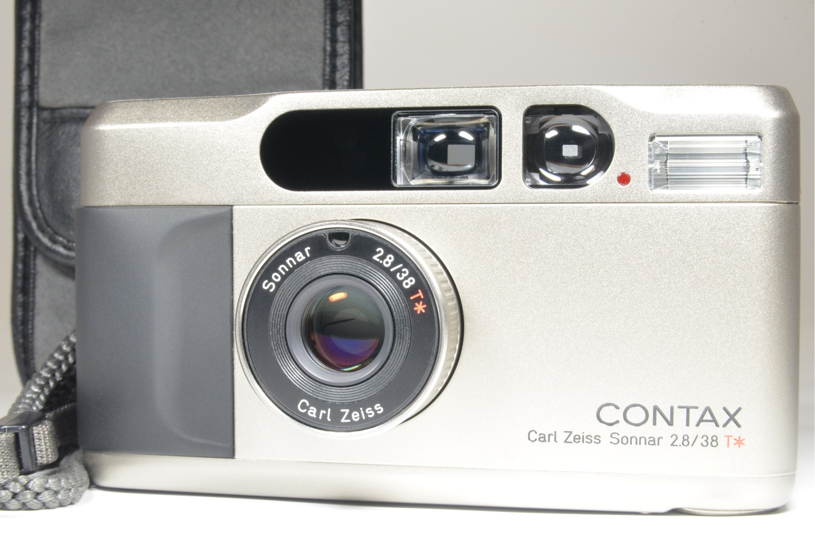 contax t2 titanium silver point & shoot 35mm film camera