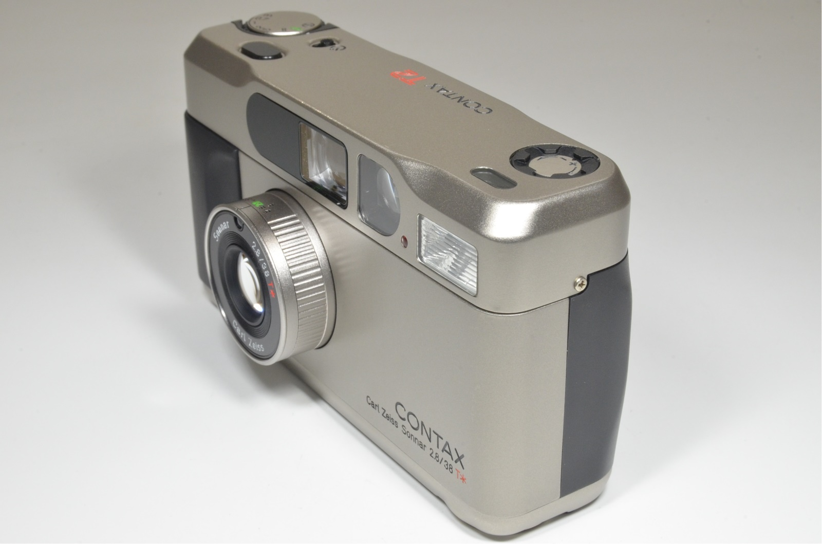 contax t2 titanium silver 35mm camera with semi hard case film tested