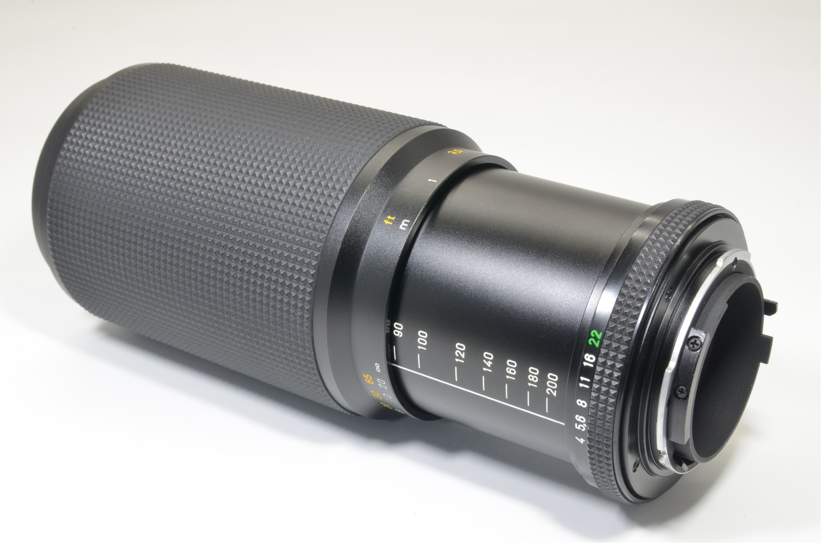 contax carl zeiss vario-sonnar t* 80-200mm f4 mmj made in japan