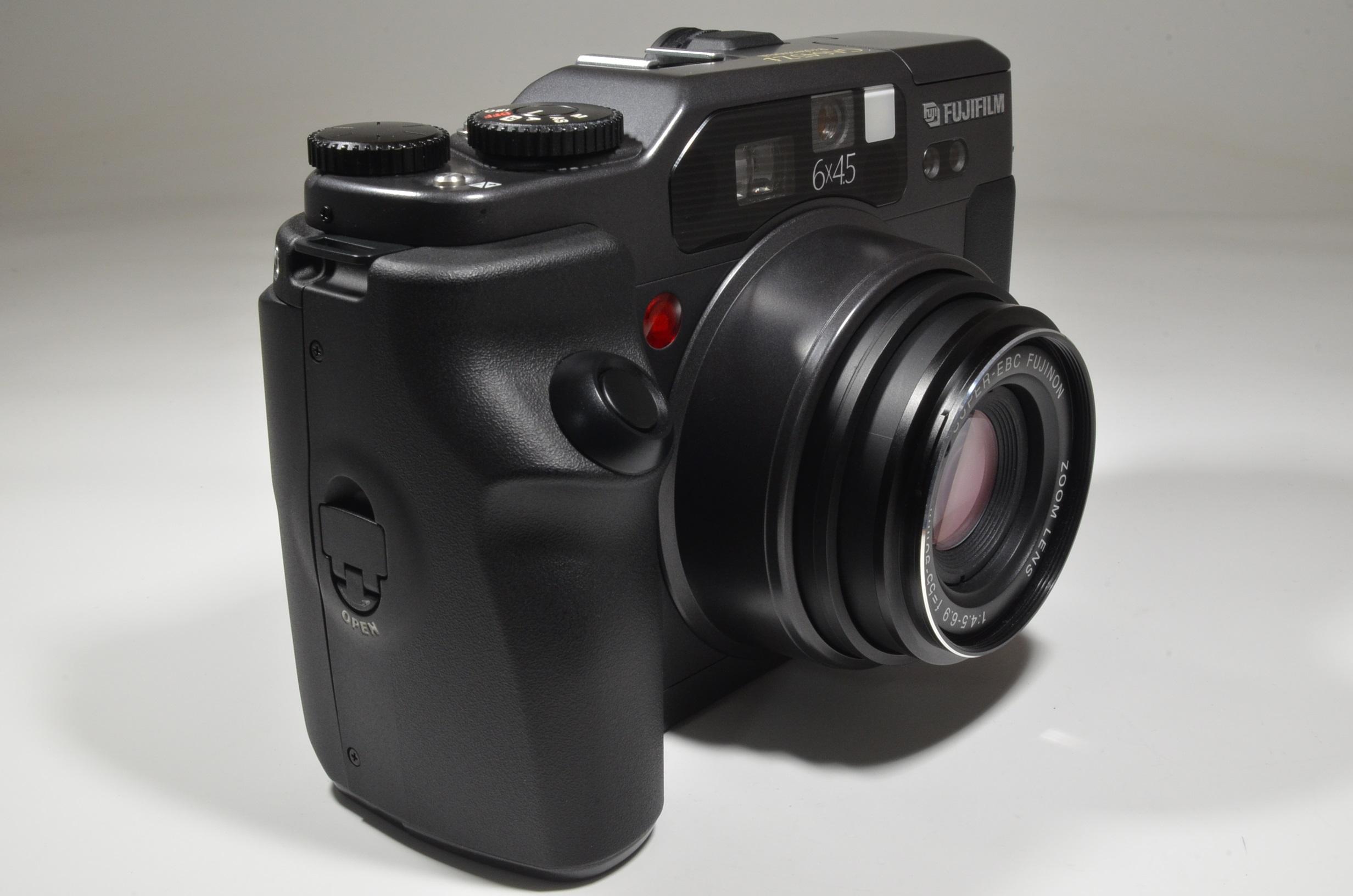 fujifilm ga645zi black zoom 55-90mm f4.5-6.9