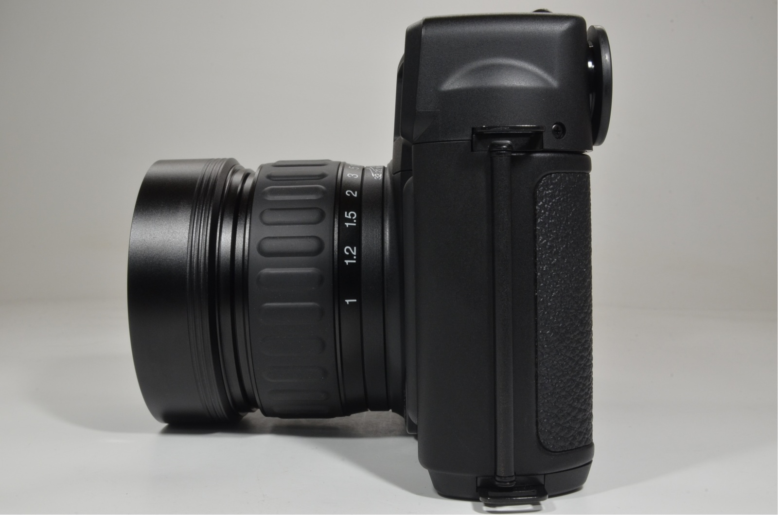 fuji fujifilm gw690iii 90mm f3.5 count only '015' with exposure meter