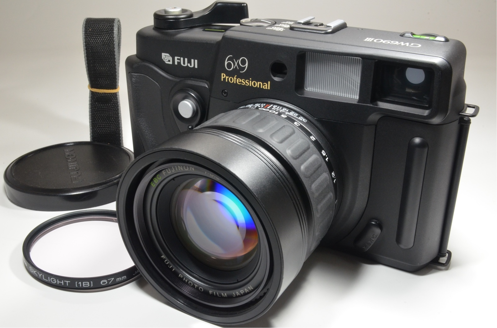 fuji fujifilm gw690iii 90mm f3.5 medium format count '232' excellent++
