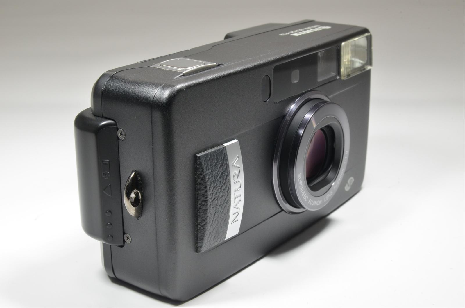 fujifilm nature black 24mm f1.9 35mmm film camera from japan