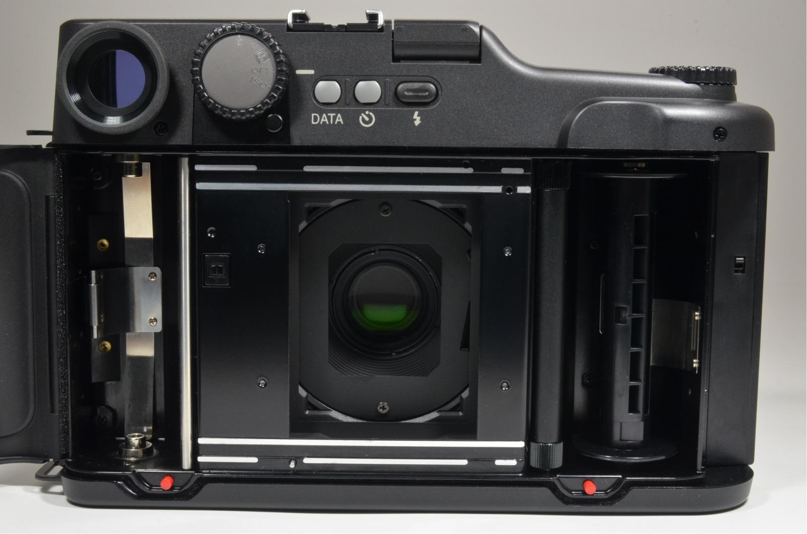 fuji fujifilm ga645 professional 60mm f4 count '000' very rare!