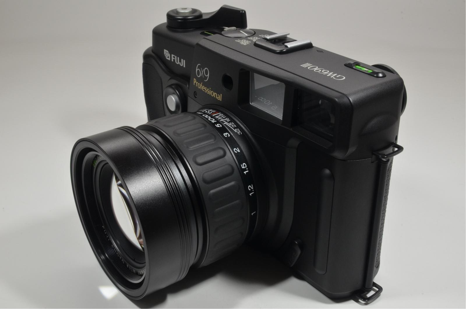 fuji fujifilm gw690iii 90mm f3.5 medium format count only '011' very rare!