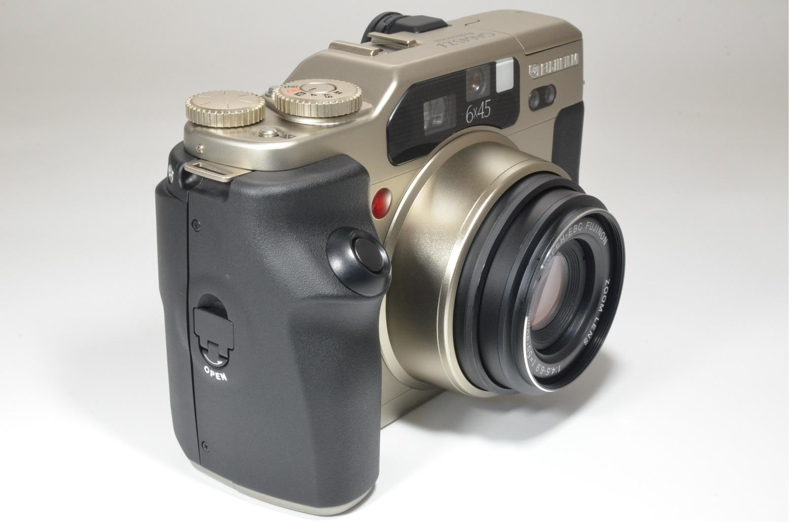 fujifilm ga645zi professional silver medium format count 300 shooting tested