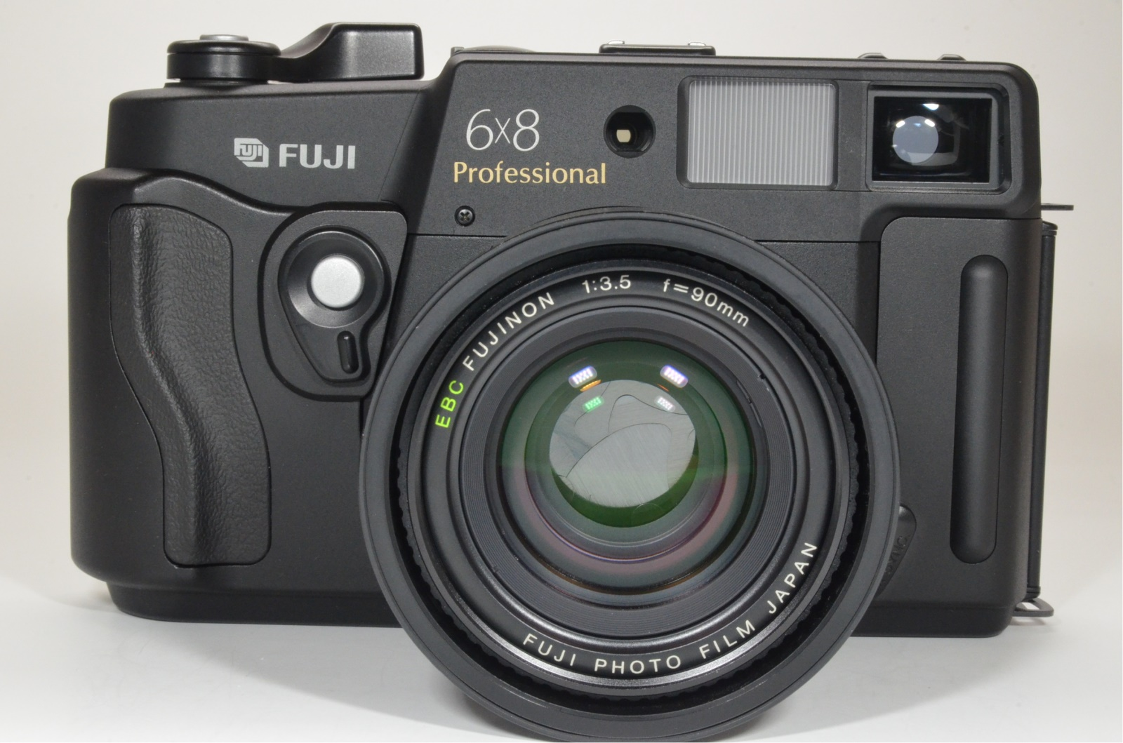 fuji fujifilm gw680iii 90mm f3.5 count 025 medium format camera cla'd recently shooting tested