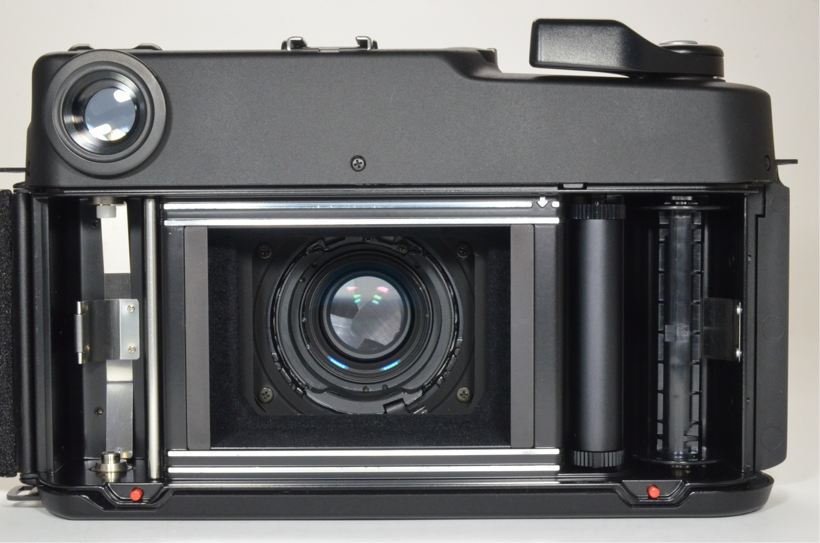 fuji fujifilm gw680iii 90mm f3.5 count 025 medium format camera cla'd recently shooting tested
