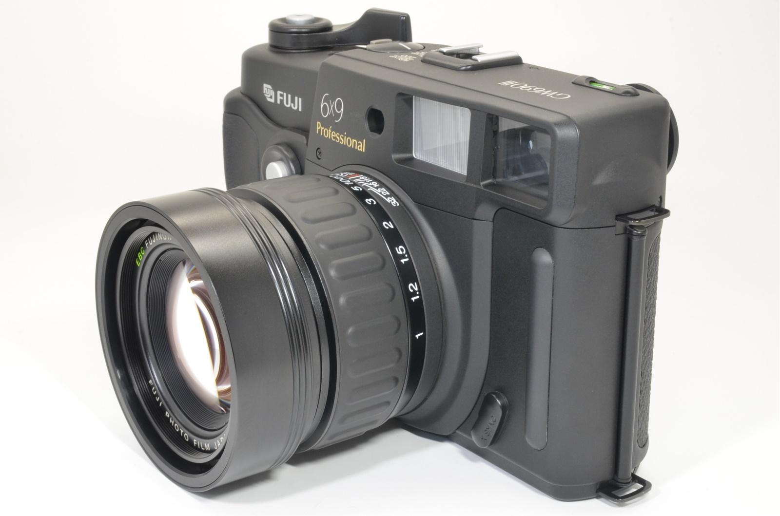 fuji fujifilm gw690iii 90mm f3.5 count 171 medium format camera shooting tested