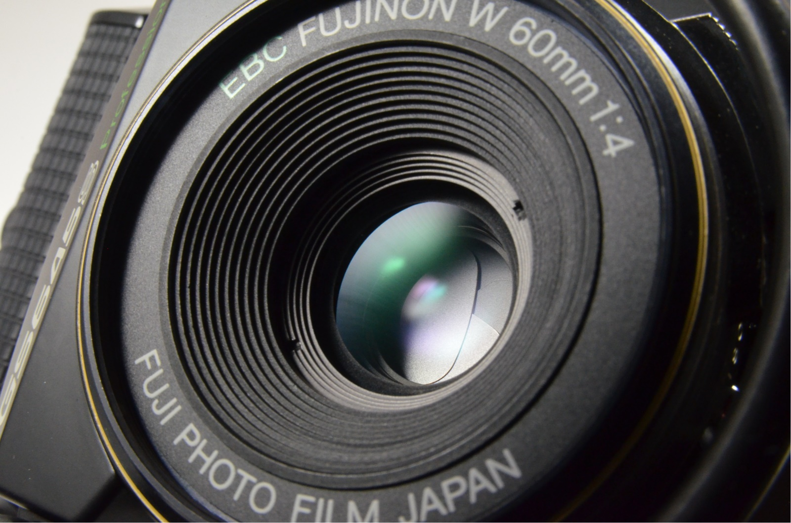 fuji fujifilm gs645s fujinon w 60mm f4 camera from japan shooting tested