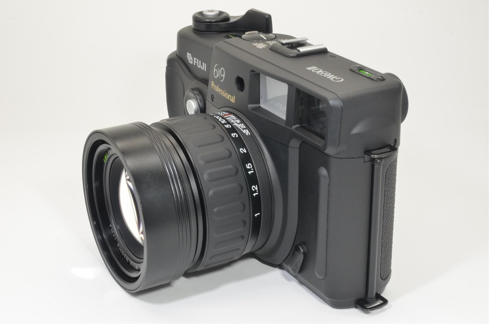 fuji fujifilm gw690iii 90mm f3.5 count 079 medium format camera shooting tested