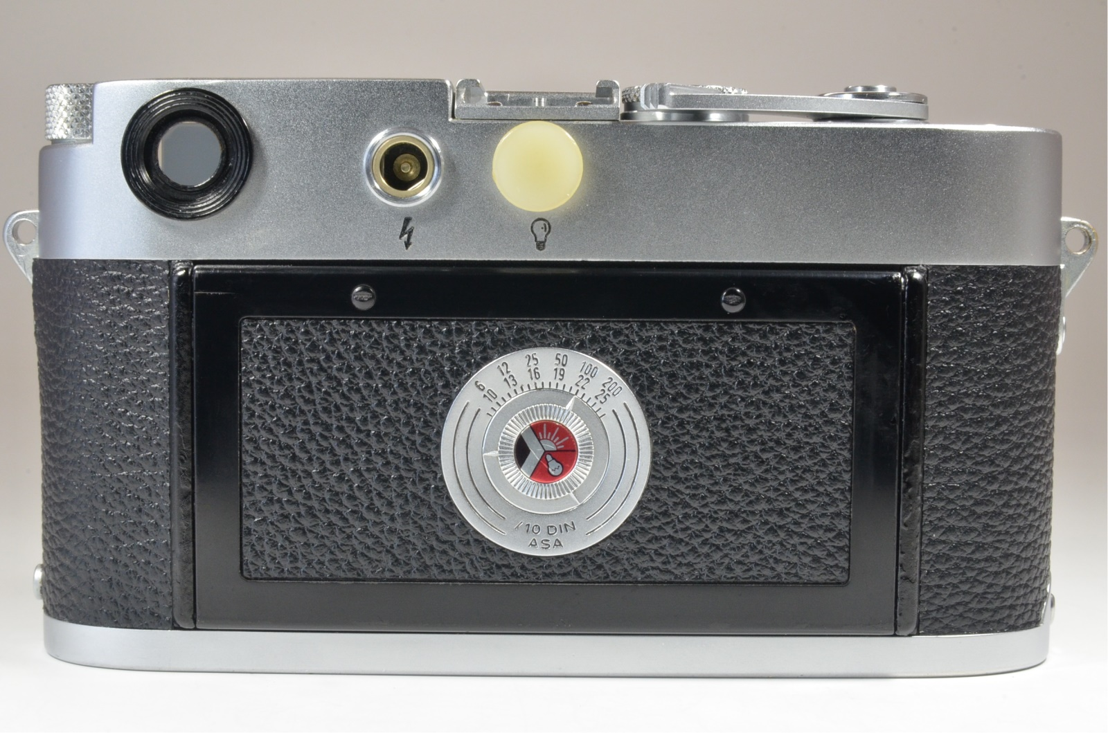 leica m3 double stroke s/n 830567 year 1956 with strap from japan