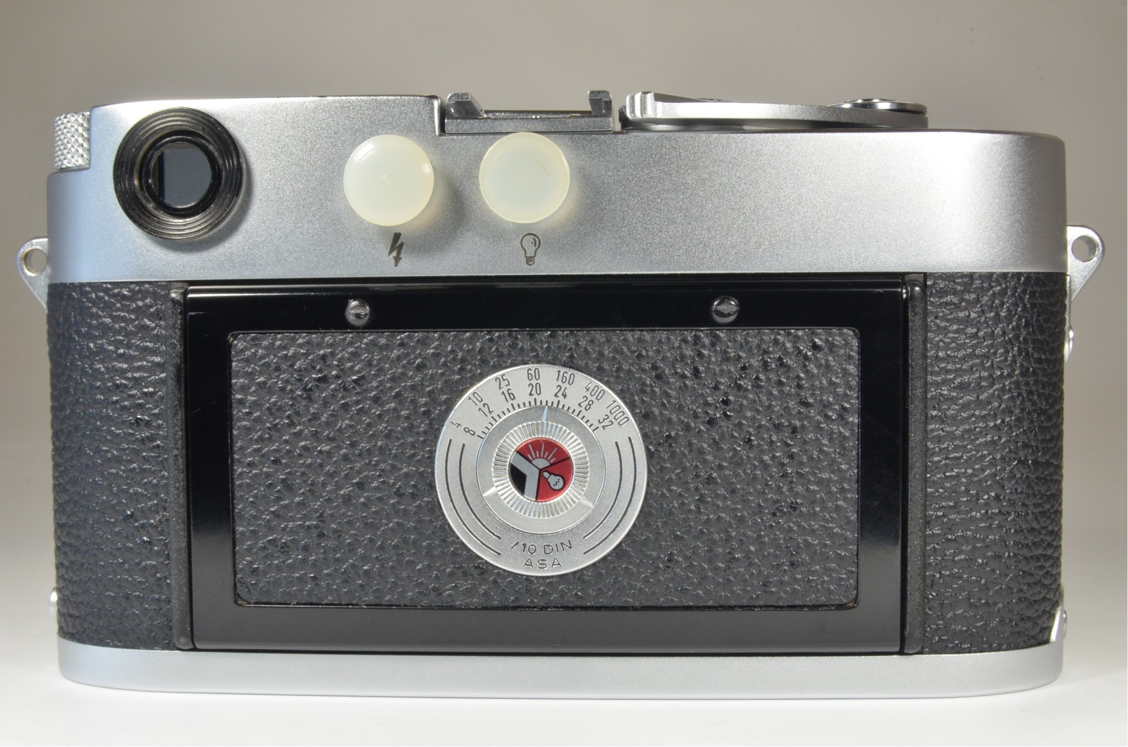 leica m3 double stroke s/n 894163 year 1957 the camera cla'd recently
