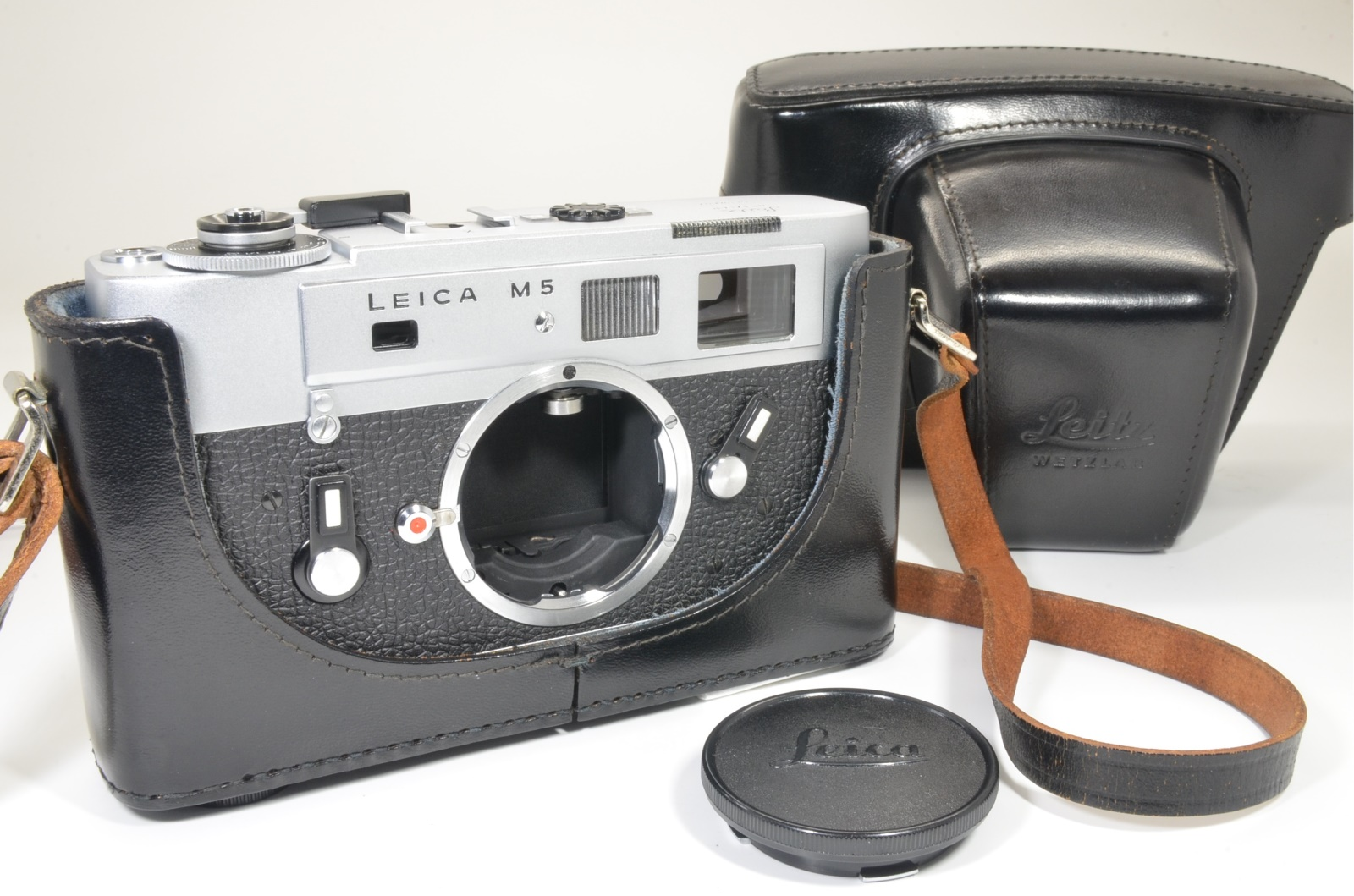 leica m5 silver chrome 3 lug s/n 1362096 year 1973 shooting tested