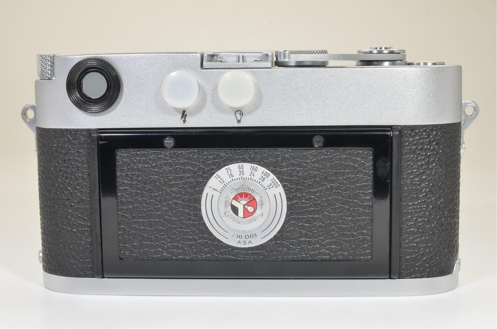 leica m3 single stroke film camera s/n 895309 year 1957 shooting tested