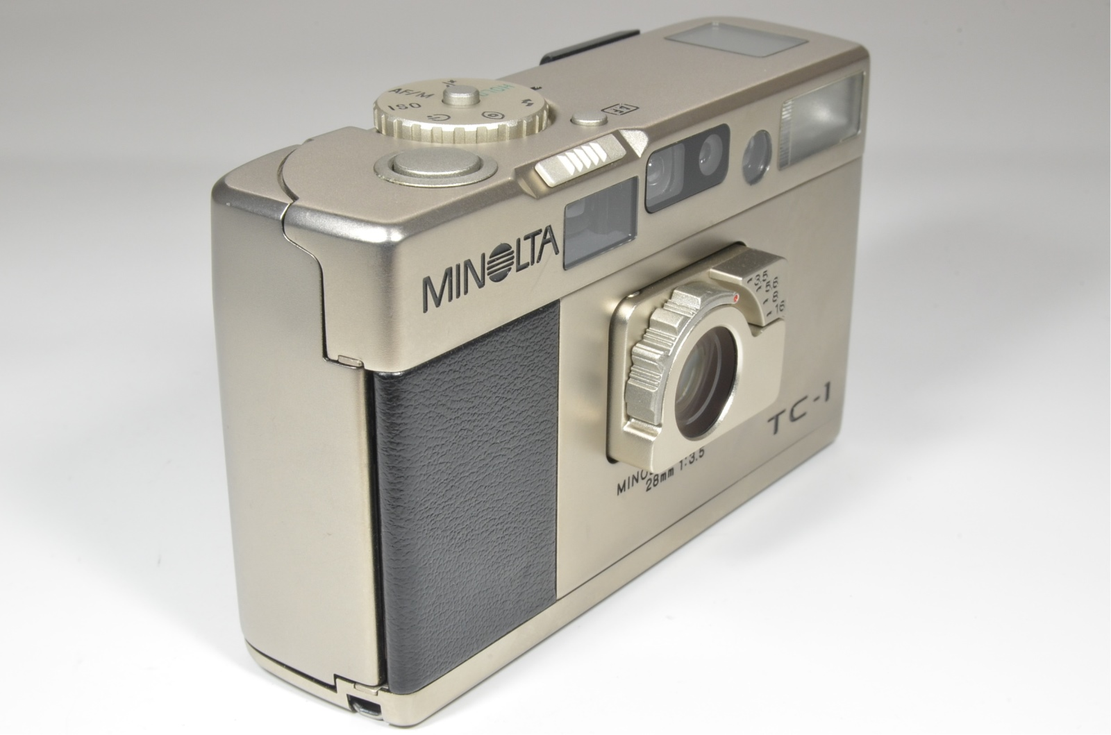 minolta tc-1 film camera in boxed