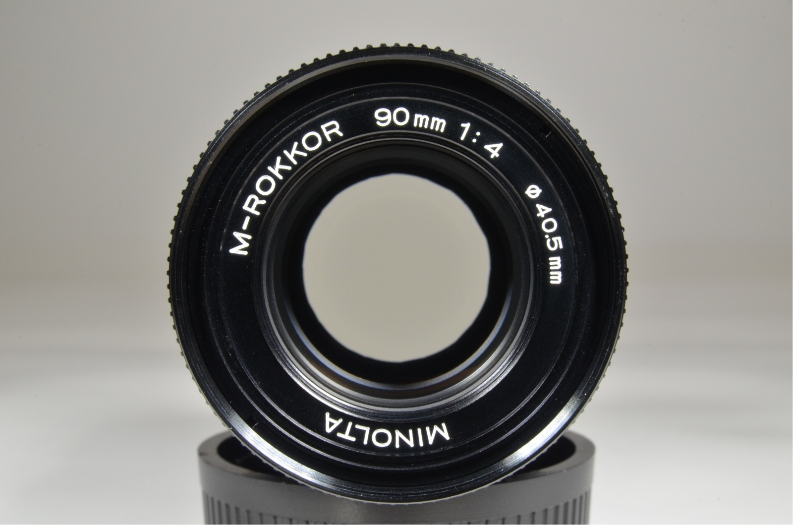 minolta cle w/ m-rokkor 40mm f2, 28mm f2.8, 90mm f4, flash, grip shooting tested