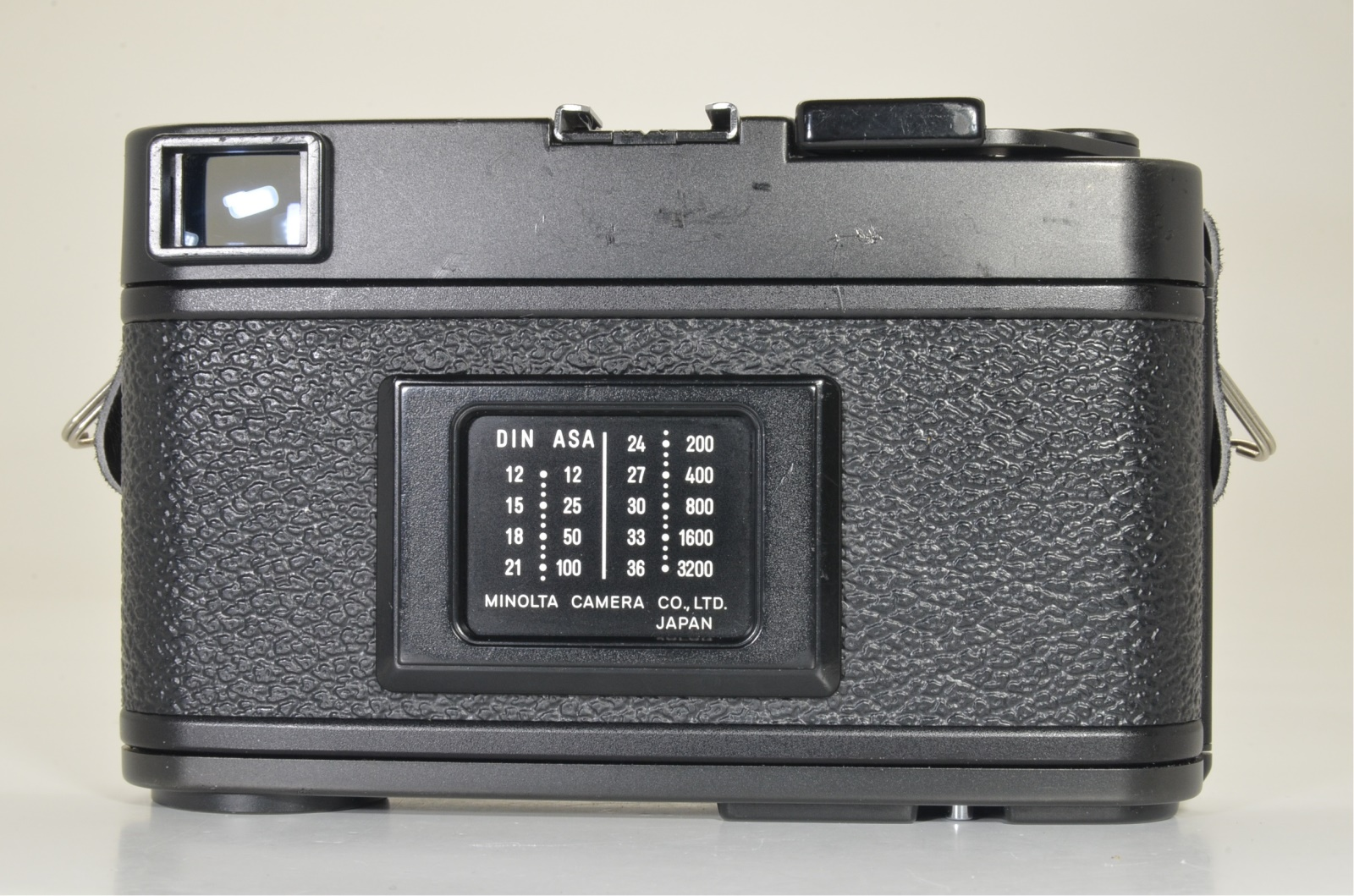 minolta cle film camera with m-rokkor 40mm f2 and hand grip film tested