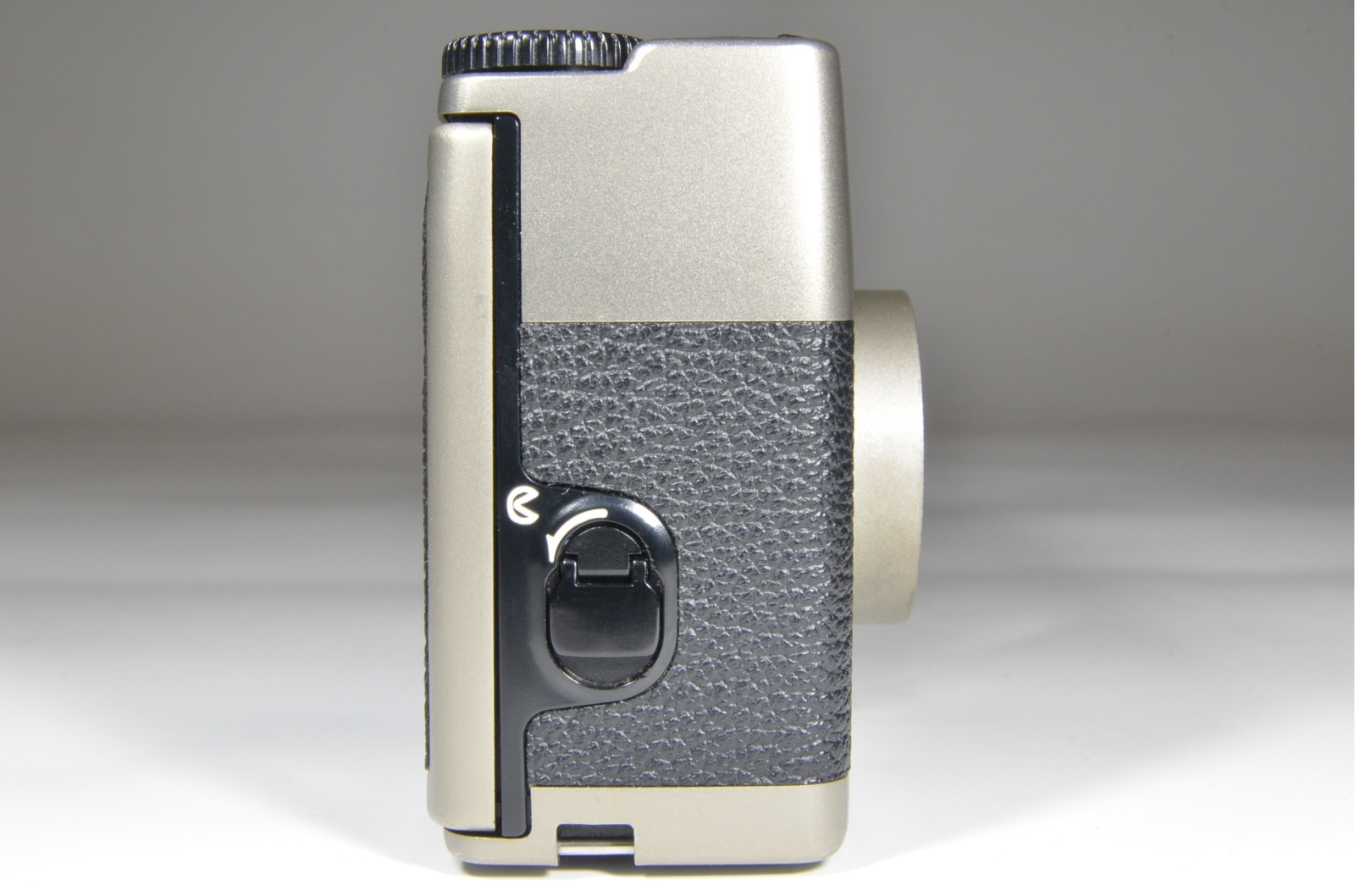 Nikon 35Ti 35mm Point & Shoot Film Camera #a0537