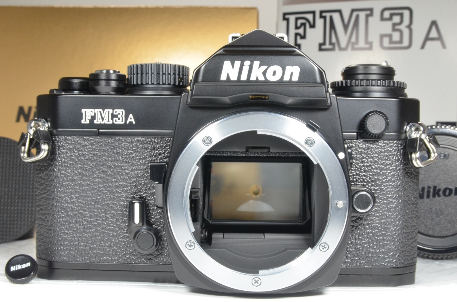 nikon fm3a 35mm film camera black with shutter release from japan
