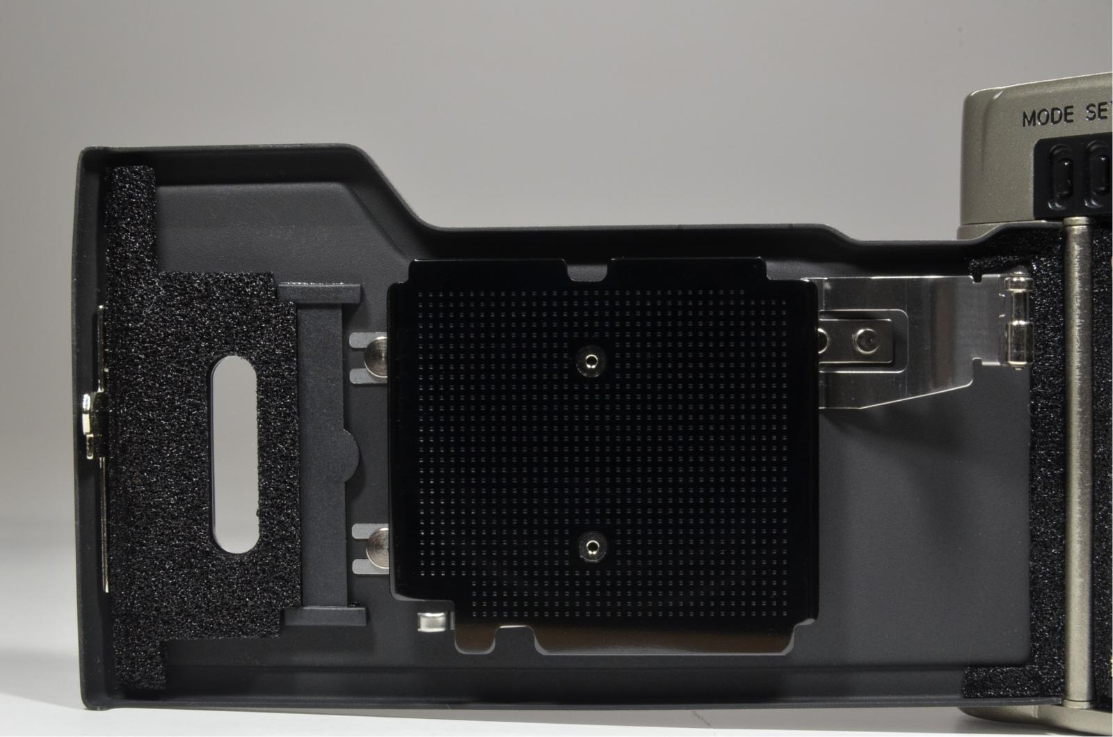 nikon 35ti in boxed point & shoot 35mm film camera 35mm f2.8
