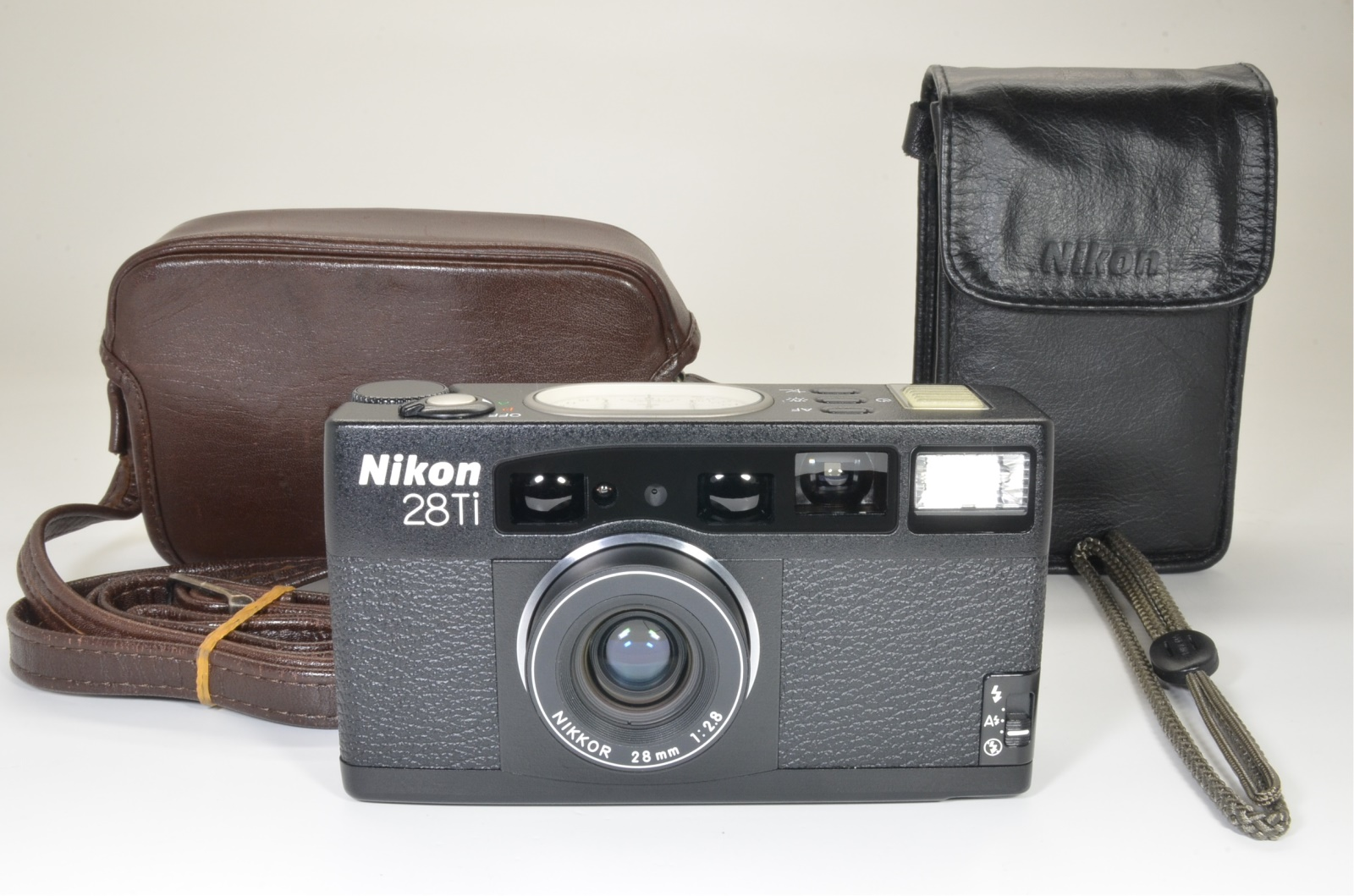 nikon 28ti p&s 35mm film camera lens 28mm f2.8 shooting tested