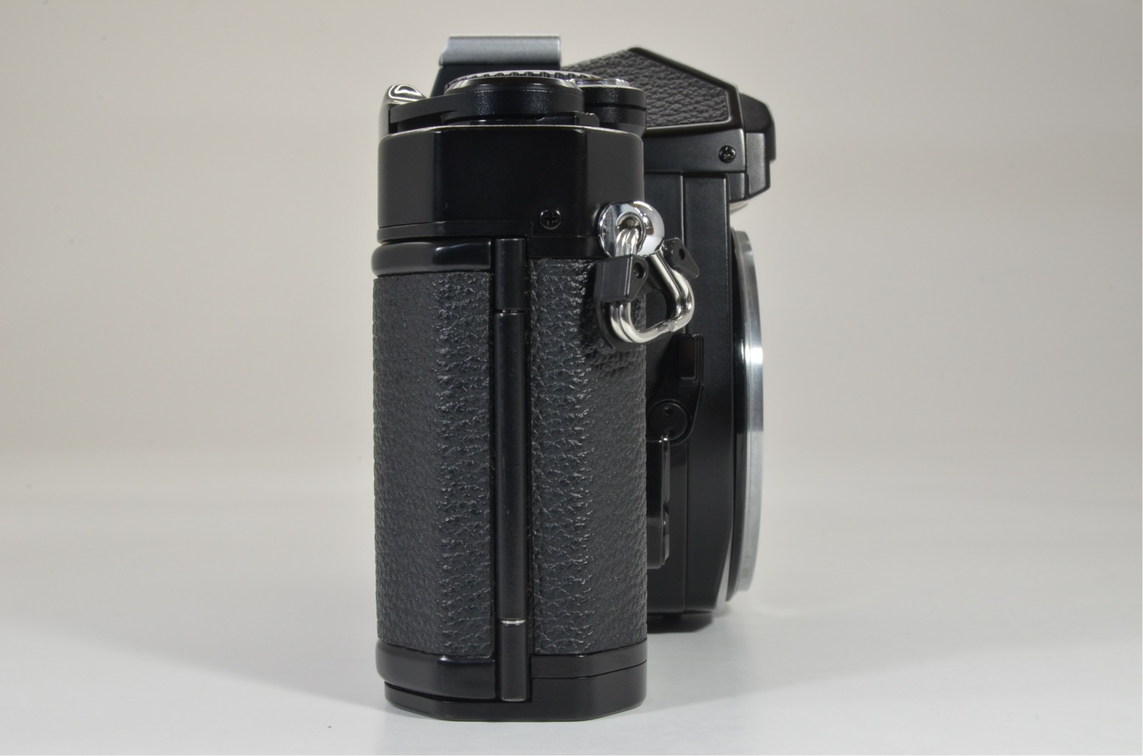 nikon fm3a 35mm film camera black with b3 focusing screen shooting tested