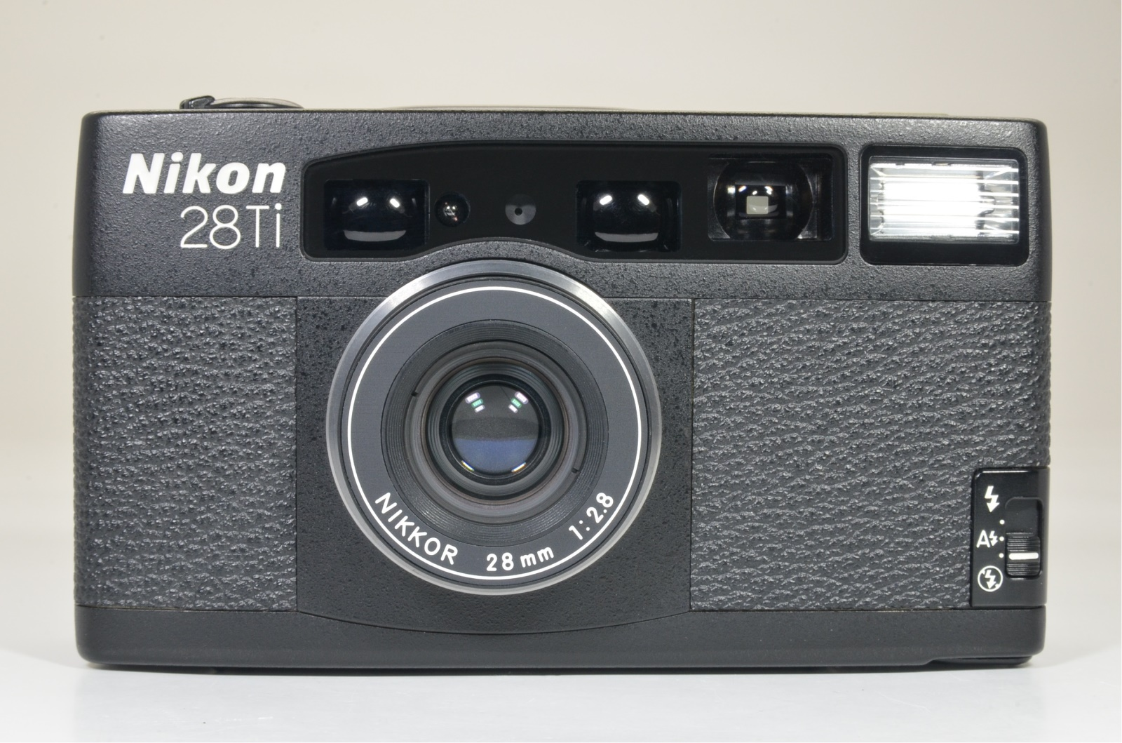 nikon 28ti p&s 35mm film camera lens 28mm f2.8 from japan shooting tested