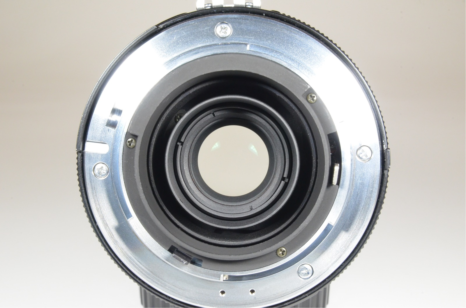 voigtlander apo-lanthar 180mm f4 sl for ai-s nikon recently cla'd by cosina