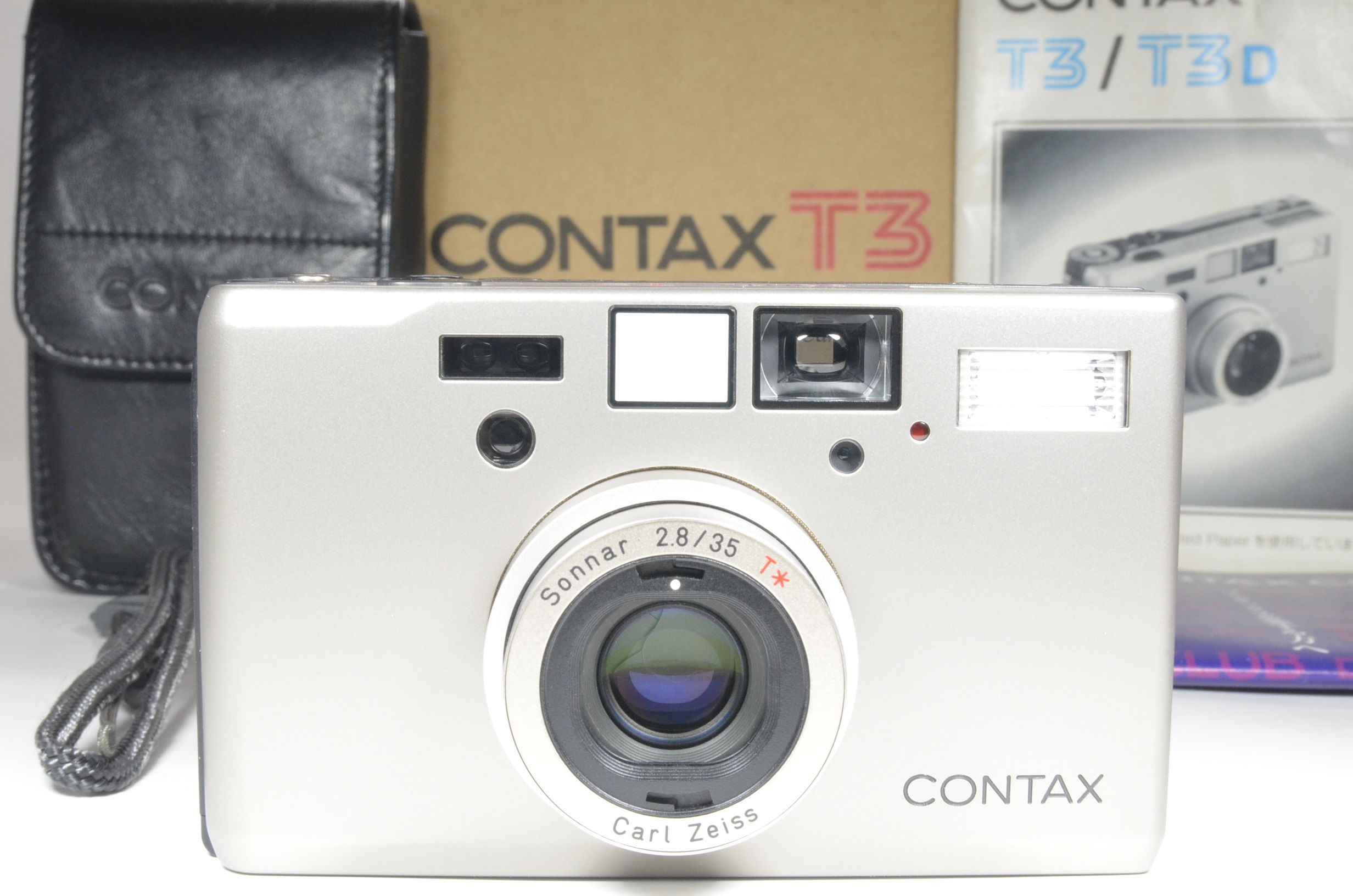 contax t3 point & shoot 35mm film camera in boxed