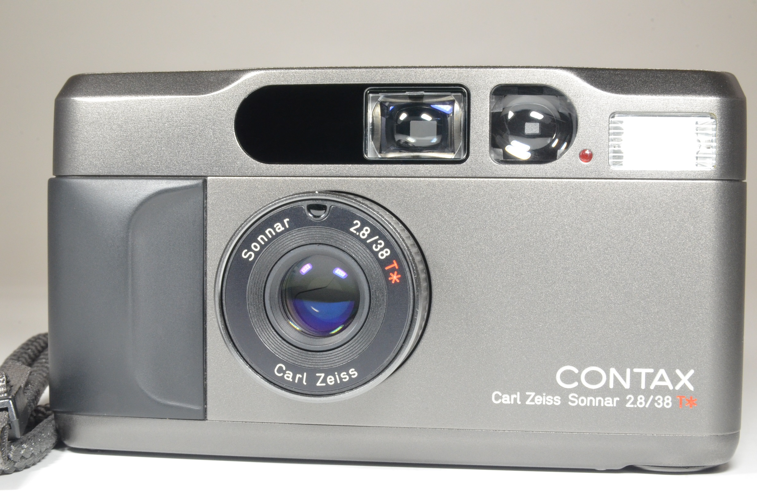 contax t2 titanium black point & shoot camera   film tested