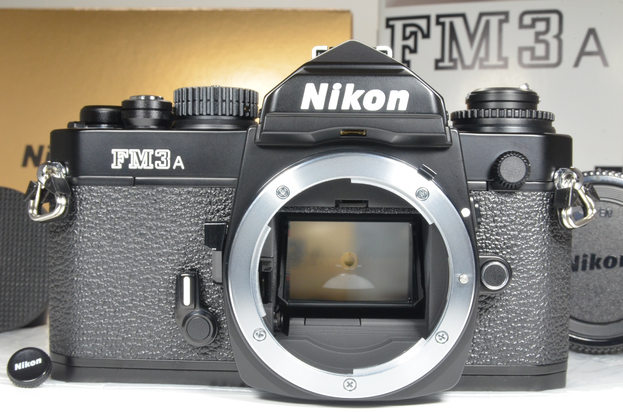 nikon fm3a 35mm film camera black with shutter release