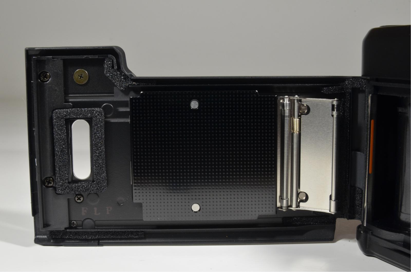 contax tvs iii black point & shoot 35mm film camera