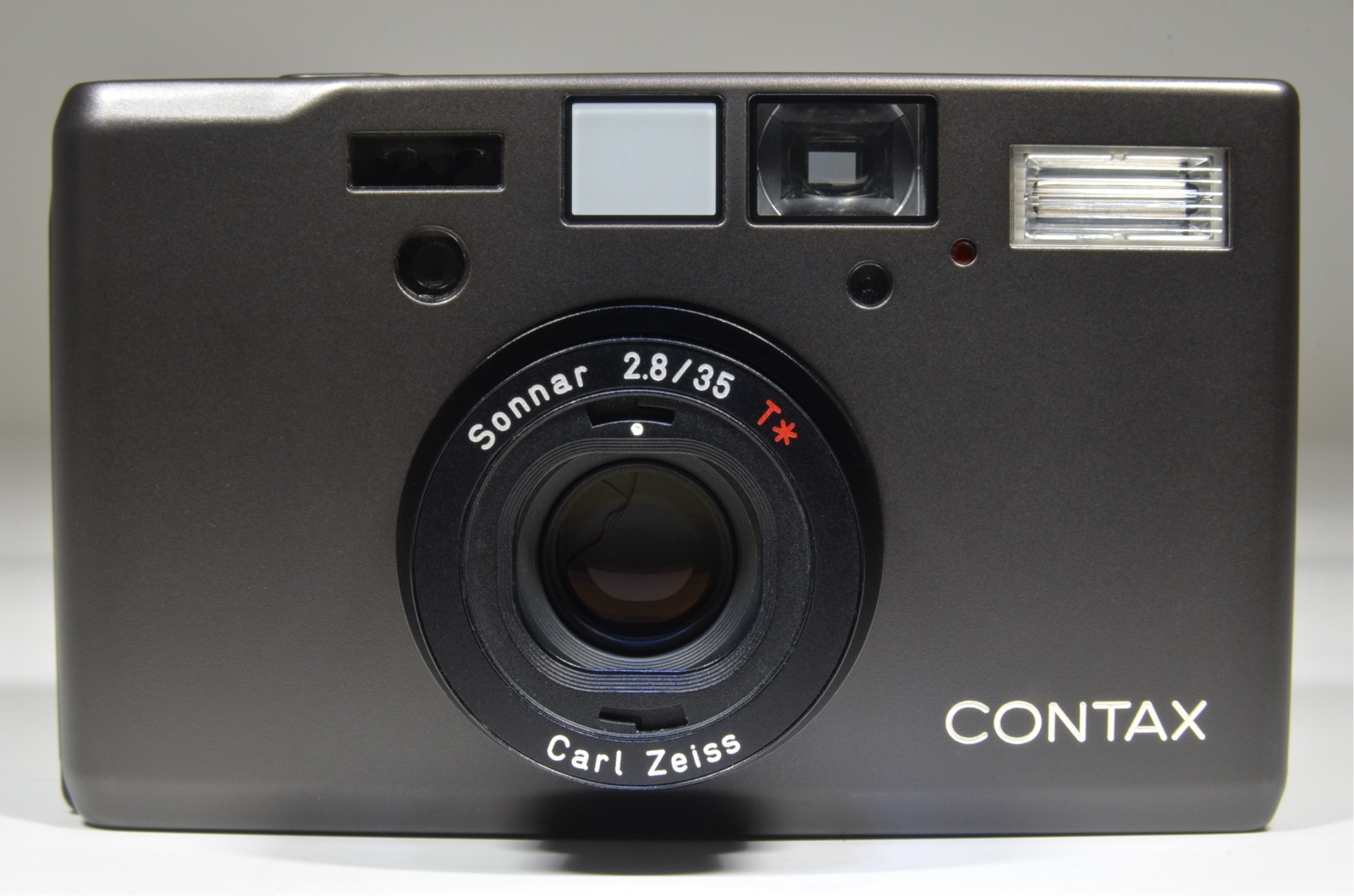 contax t3 black point & shoot 35mm film camera