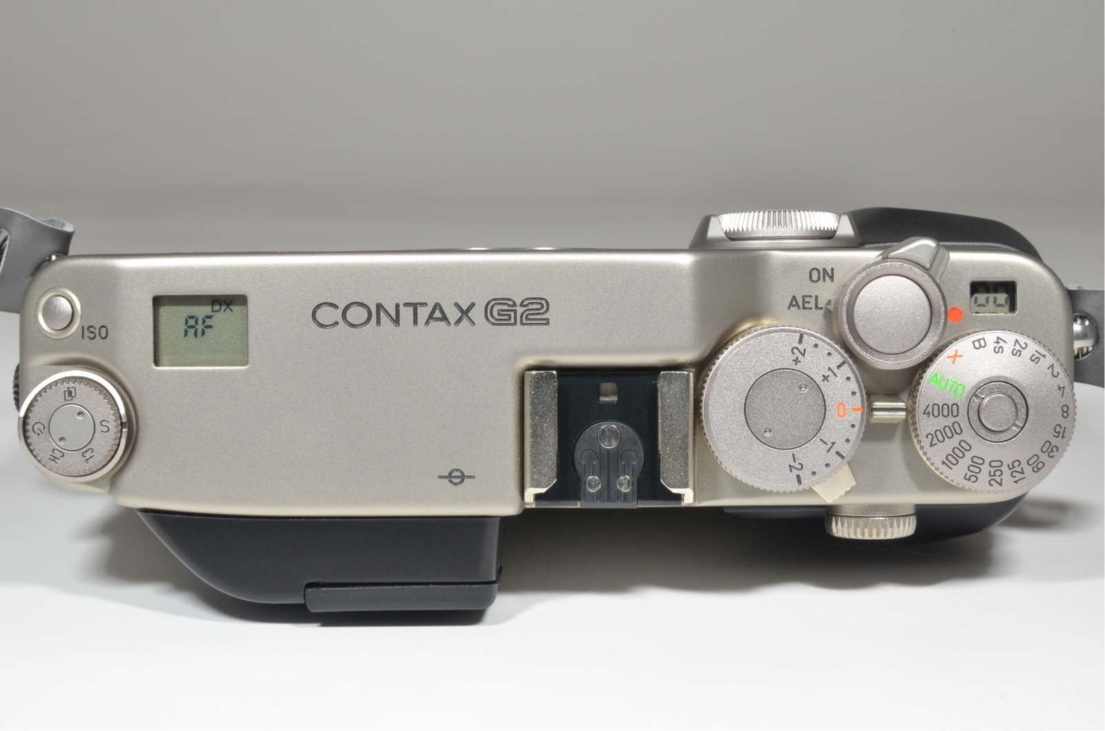 contax g2 35mm film camera, planar 45mm f2, tla200