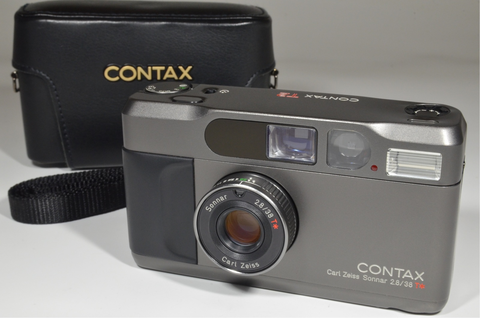 contax t2 titanium black 35mm film camera w/ full leather case