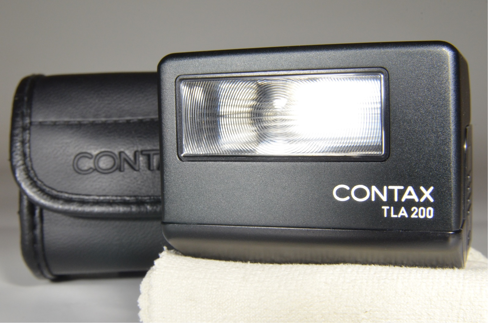 contax tla200 black in boxed