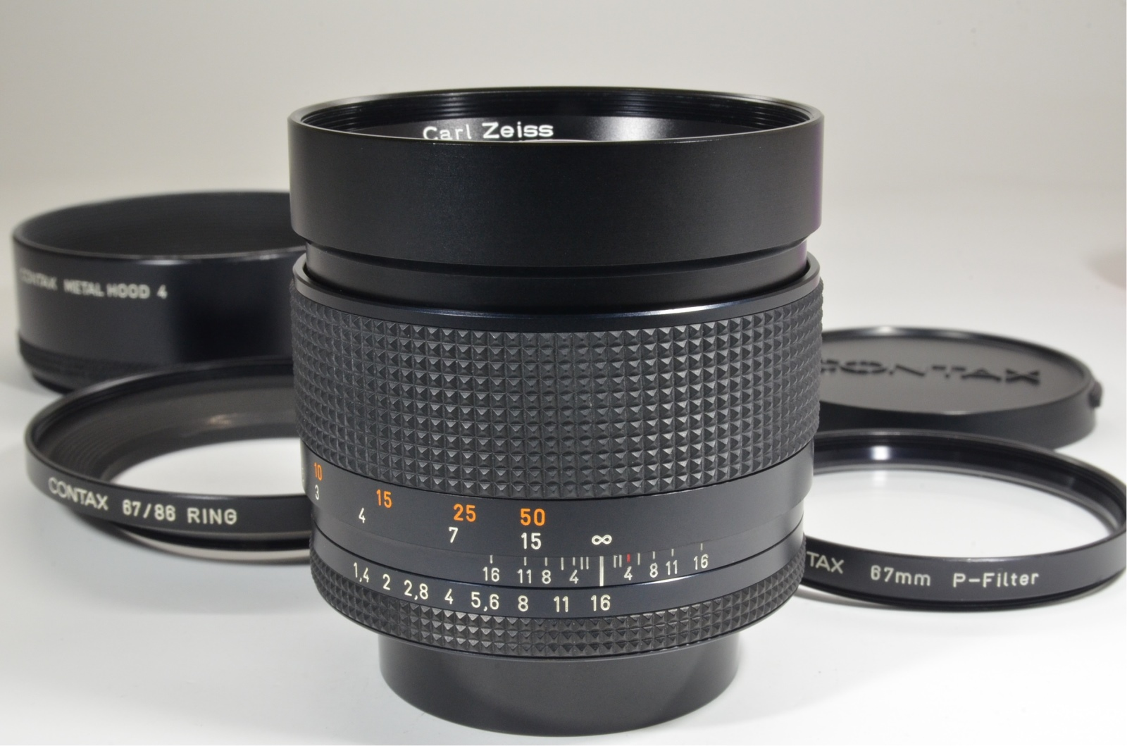 contax carl zeiss planar t* 85mm f1.4 aeg with metal hood 4
